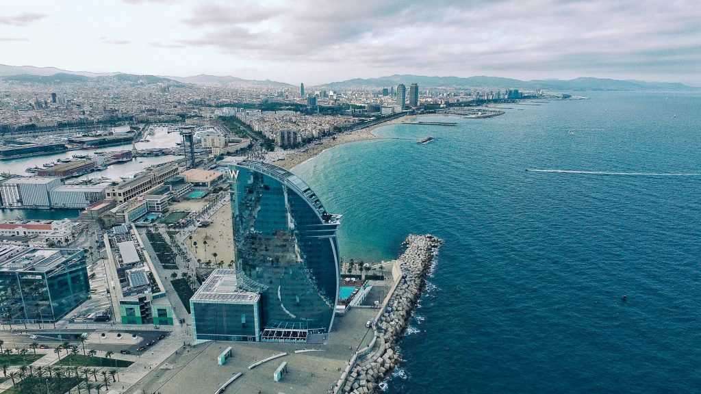 mejores barrios para invertir en Barcelona